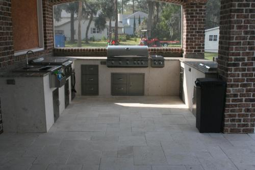 """Seashell w/ Sizzler Pro 40"""" Grill, Built-In Griddle, Dbl. Side Burner, Ice Chest, Bar Center, Doors and Drawers"""
