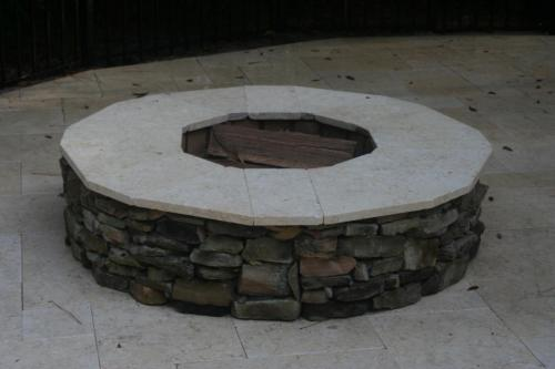Thin Drystack wood firepit w Sunny top