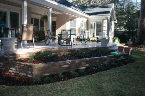 Retaining Wall, Patio and Planter